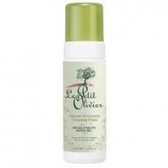 Пенка для умывания с маслом оливы Le Petit Olivier Face Cleansing Foam with Olive Oil Dry and Sensitive Skin, 150 мл